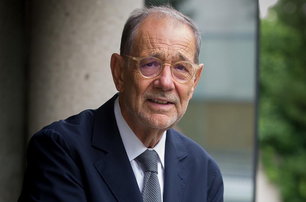 Javier Solana de Madariaga awarded the XXV International Prize Grupo Compostela–Xunta de Galicia
